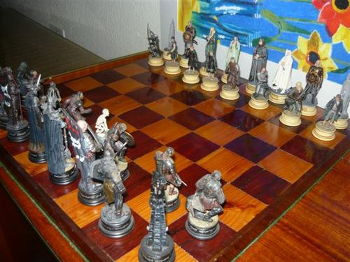 Chess Draughts Checkers Lord Of The Rings Chess Set