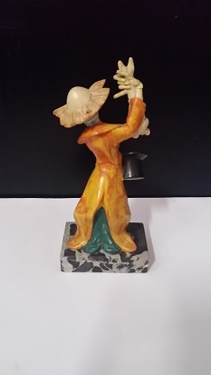 Porcelain Amp Ceramic Depose Clown Figurine On Genuine