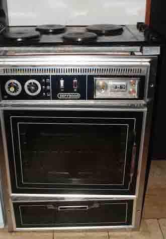 hobs stoves ovens defy 500 eye level oven defy. Black Bedroom Furniture Sets. Home Design Ideas