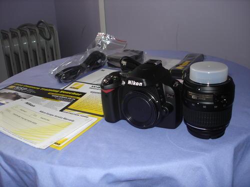nikon d40 slr. Nikon D40 DSLR camera - FREE