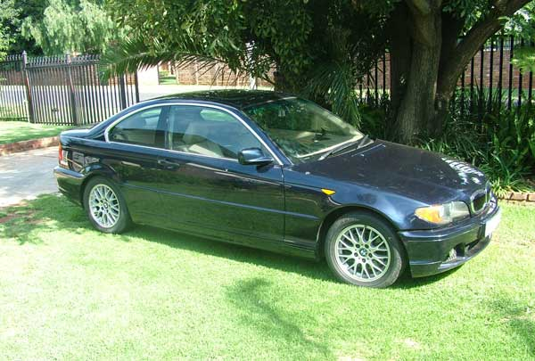 BMW 325Ci Coupe Facelift Automatic. Mileage: 132000