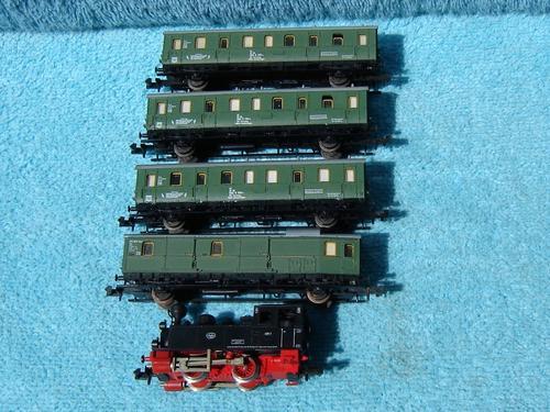 Fleischmann n gauge train set