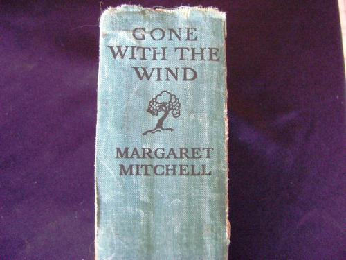 a review of gone with the wind by margaret mitchell Margaret scott examines the feminist credentials of mitchell's 'gone with the wind', and reminisces about her own first encounter with this iconic, controversial novel.