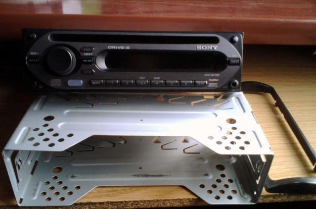 audio head units sony xplod cdx gt 150s 100db 45w x 4. Black Bedroom Furniture Sets. Home Design Ideas