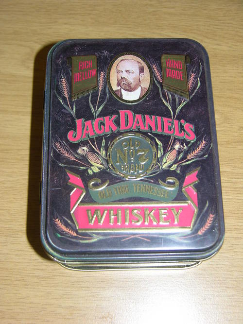 bar accessories jack daniels tin with two empty bottles was sold for on 23 aug at 13. Black Bedroom Furniture Sets. Home Design Ideas