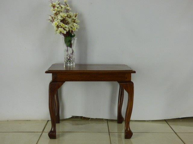 Tables Wow A Gorgeous Imbuia Queen Anne Side Table