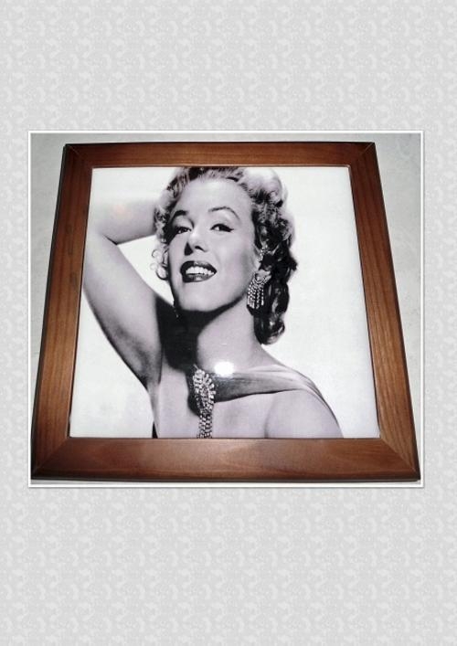 Printed Ceramic Tile - Marilyn Monroe in Wooden Frame. (Tile is 15cm x15cm)