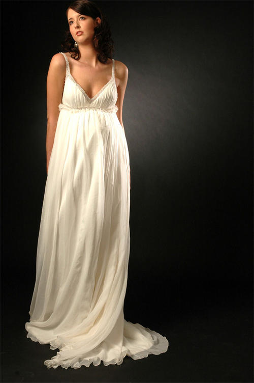 maturnity wedding dress