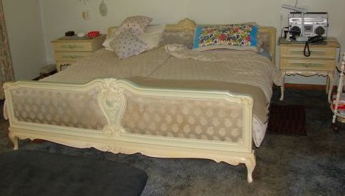 Other Furniture Imported 10 Piece Queen Anne Bedroom