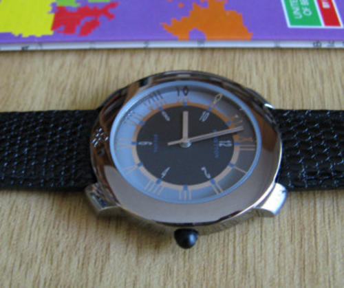 Men 39 s watches united colors of benetton by bulova time of the world was sold for on for Benetton watches
