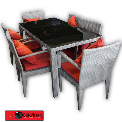 Poly Rattan Grey & Red Dining Table with Chairs includes: - dining table with glass top - 6 chairs - table dimensions: 1500x800mm