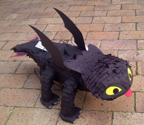 how to train your dragon pinata kit