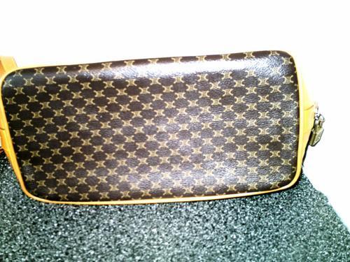 88971de97cdd2 Handbags   Bags - Louis Vuitton Style - 100% Authentic Large LUIGI Designer  Leather Bag