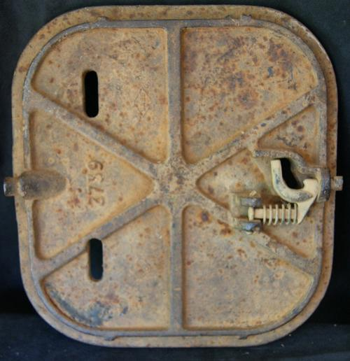 Vintage Cast Iron Castle Water Meter Man Hole Cover