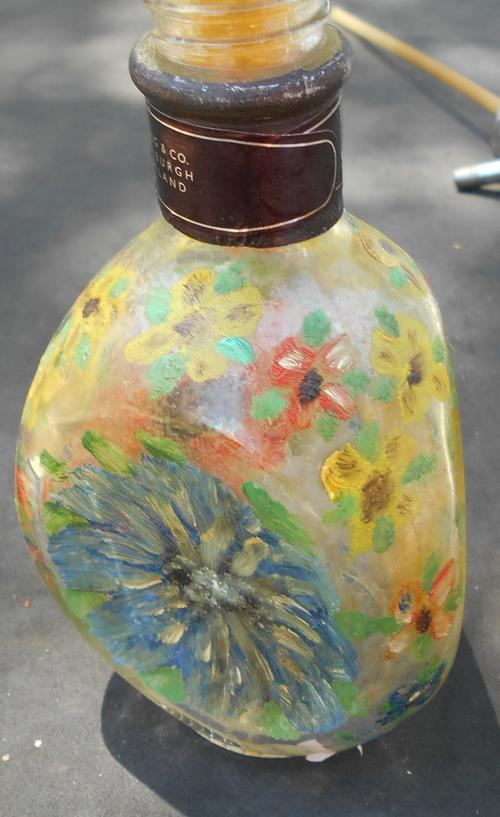 Bottles lovely painted wine bottle with sun flower glass for Painting flowers on wine bottles
