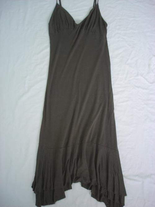 Yde Dresses