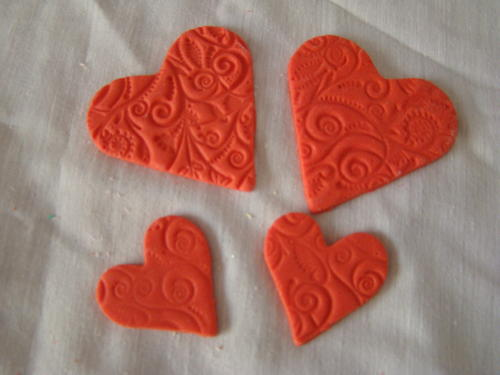 Edible Cake Decorations Hearts : Candles & Cake Toppers - Edible embossed heart cake ...