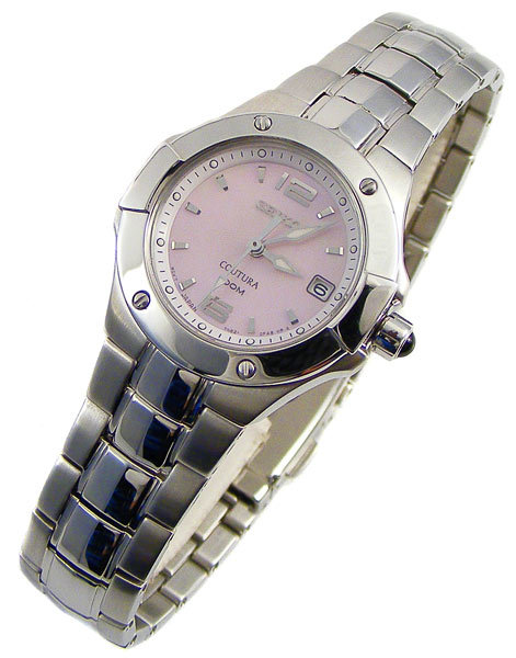 A watch for the wife 598346_100510170311_SXD655-2