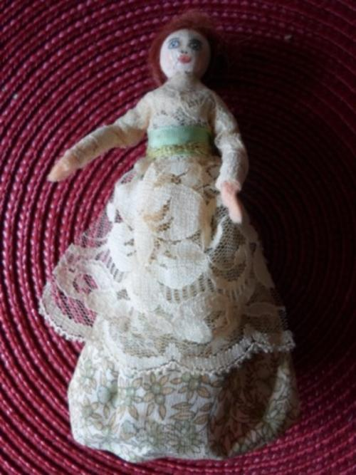 how to make a victorian peg doll