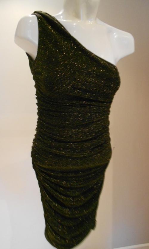 Black dress yde formal dresses