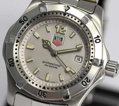 Women 39 s watches tag heuer professional ladies wrist diving watch 200m wk1312 100 authentic for Tag heuer divers watch