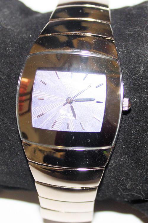 Цена и условия поставки.Часы марки Omax (Омакс) достаточно выносливы и не прихотливы в своей работе. Брендовые