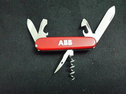 Pocket Knives Victorinox Swiss Army Knife Tourist With