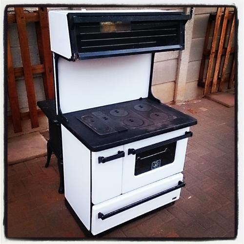 Appliances Falkirk Ruby Coal Stove Was Sold For R1 100