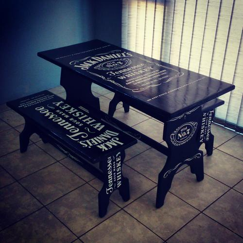 Other furniture jack daniel 39 s table with chairs was sold for Table jack daniels