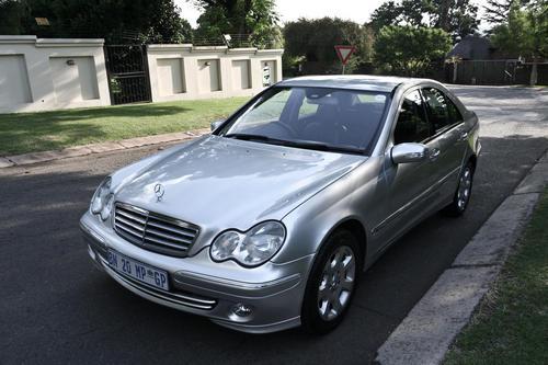 Mercedes benz mercedes c240 elegance 2004 model for 2004 mercedes benz c240