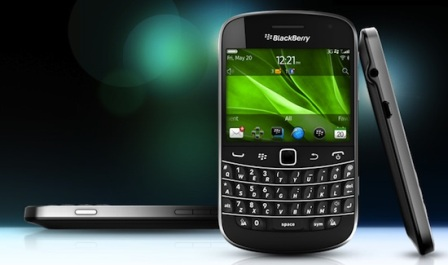 Blackberry 9900 / 9930 picture.