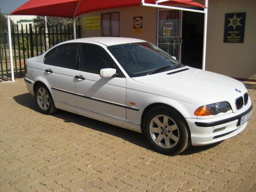 bmw bmw 320d 2001 model e46 full house very good cond was listed for r54 on 24 aug. Black Bedroom Furniture Sets. Home Design Ideas