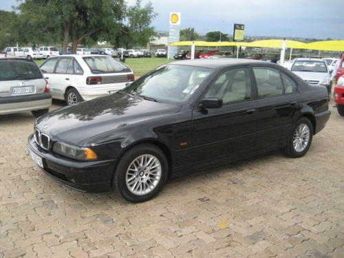 bmw bmw 530d 2001 model facelift manual excellent cond full house was listed for r89 900. Black Bedroom Furniture Sets. Home Design Ideas