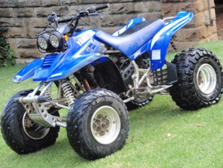 quad bikes yamaha 350cc warrior 6 speed starting very very low was sold for r16 150. Black Bedroom Furniture Sets. Home Design Ideas