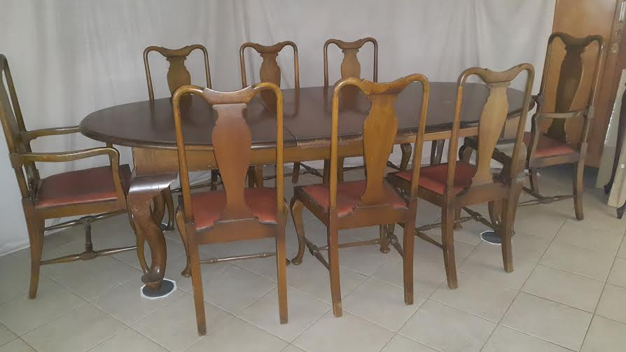 tables edwardian style dining room table seats 8 or 6