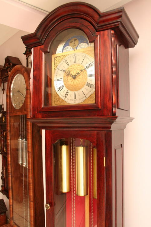 Grandfather Clock Movements http://www.bidorbuy.co.za/item/45653287/Beautiful_Grandfather_clock_stained_Solid_Blackwood_Urgos_movement_made_in_GERMANY_Ball_and_Claw.html