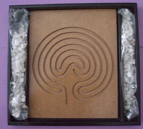 zen garden begin beginner wood plate spiral design pebbles small rocks Decor home lounge desk office study telephone accessory access asse calm relaxation relax play closing soon must buy bid now low price bargain crazy wacky auction wednesday tuesday friday weekend collection collector item display environment 