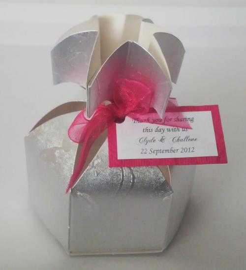 Wedding Gift Boxes Cape Town : Other Wedding SuppliesWedding Favour Boxes Pineapple Silver was ...