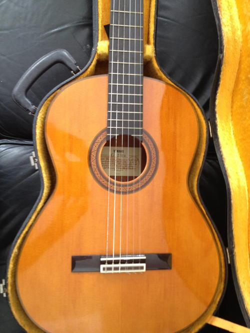 acoustic vintage yamaha classical guitar g 231 ii great condition was sold for r1. Black Bedroom Furniture Sets. Home Design Ideas