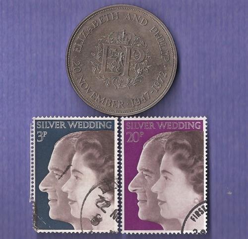 queen elizabeth ii crown. 1972 Queen Elizabeth II and