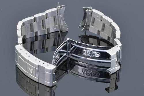 16710 rolex bracelet serial numbers