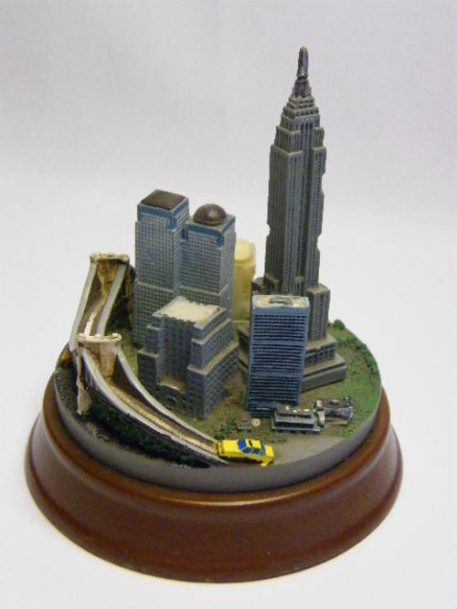 New York City Paperweight - as per photo