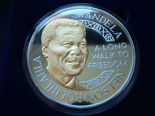 (原创)曼德拉罗本岛1000克纪念银币 - 六一儿童 - 译海拾蚌