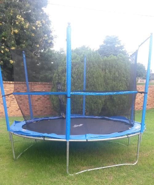 trampolines bounceking 10 foot air max trampoline combo. Black Bedroom Furniture Sets. Home Design Ideas
