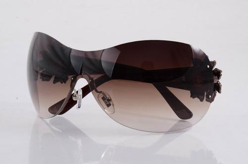 Bvlgari Sunglasses Case Comes in Bvlgari Box And Case