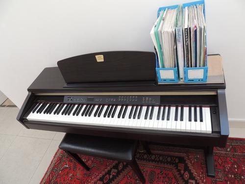 Piano organ yamaha clavinova clp 120 was sold for r2 for Yamaha clavinova clp 500