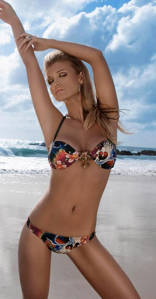 Micro string bikini photos