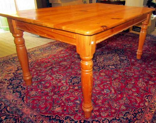 Tables oregon dining room table 6 seater turned legs for 6 seater dining room table
