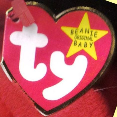 IMAGE OF PAPER HEART TAG