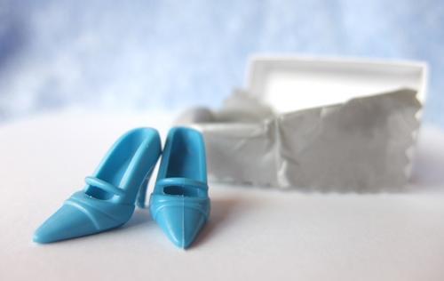 barbie blue shoes